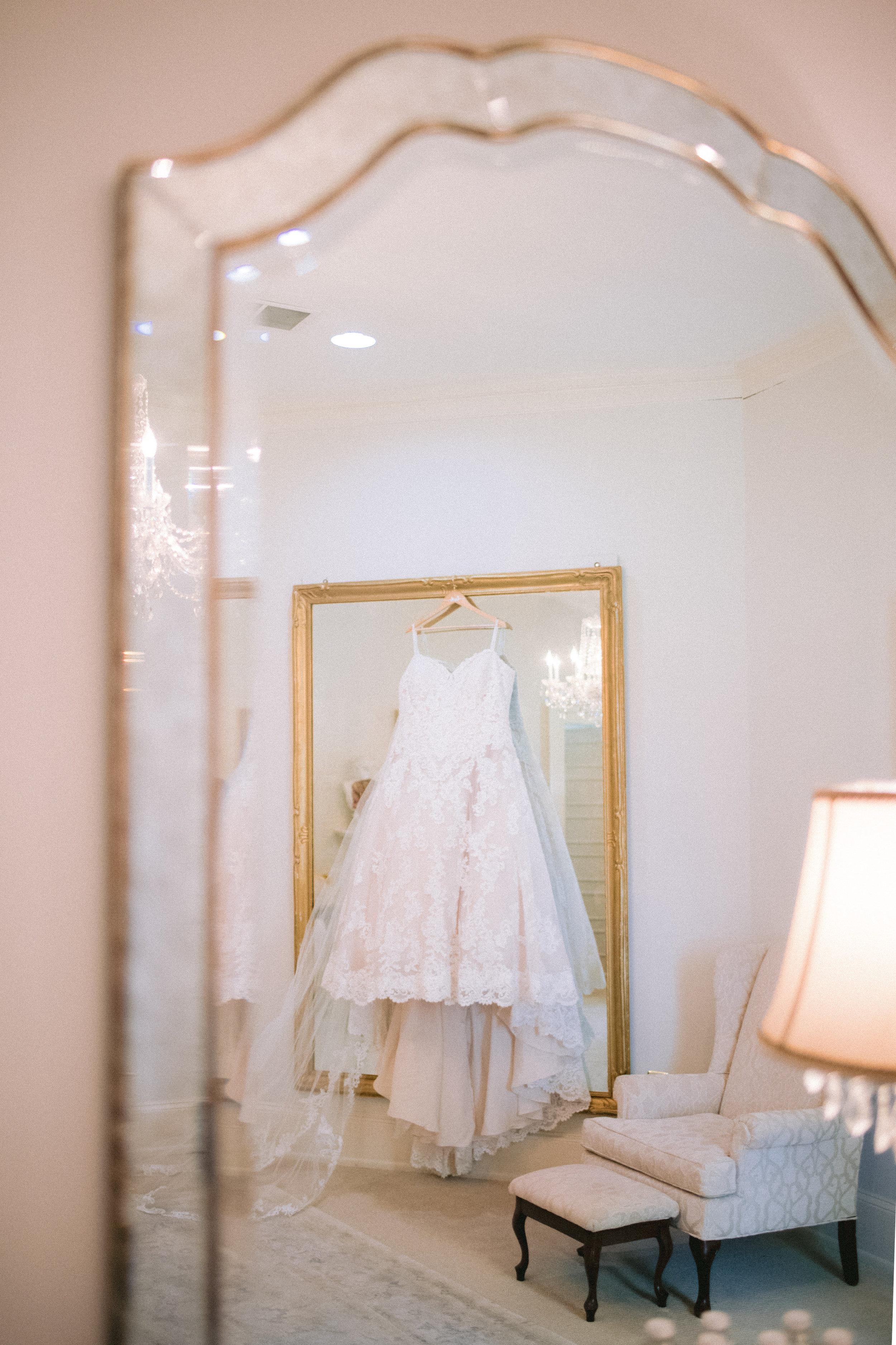 Atlanta wedding dress. Photo by Laura Stone Photography.
