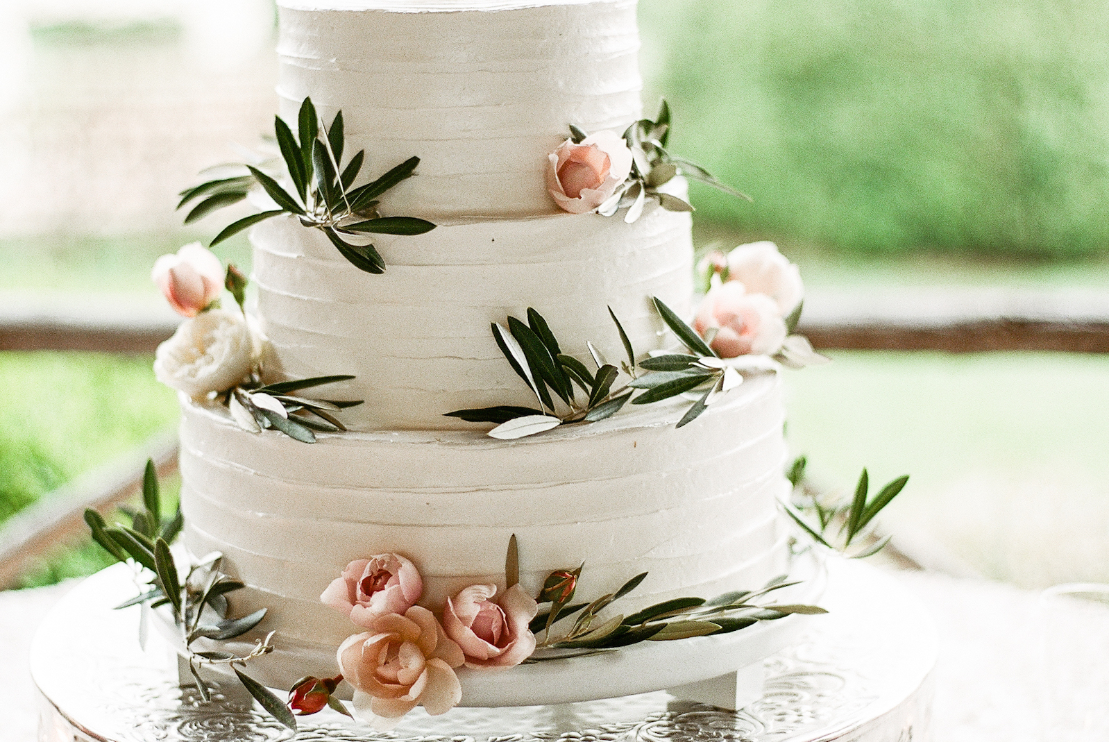 Cream-and-Flutter-Asheville-Wedding-Cake-Desserts-Sweets-24.jpg
