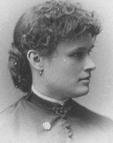 Clara W. MacNaughton