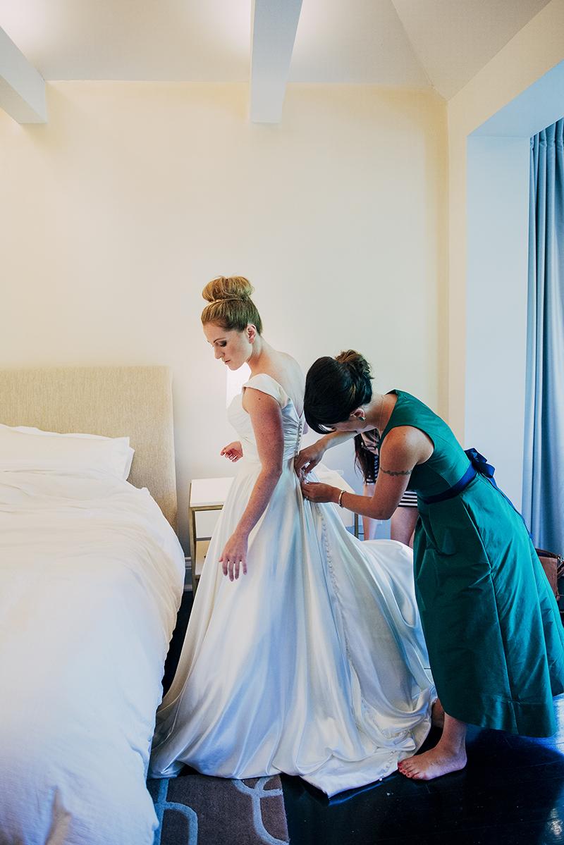 Toronto-Wedding-Burwash-Hall-17