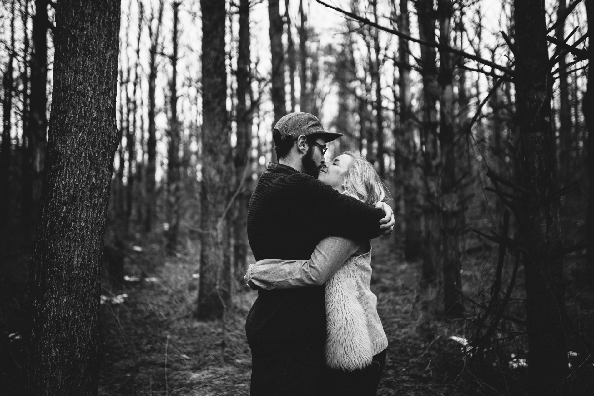 Winter-Forest-Engagement-Shoot-28