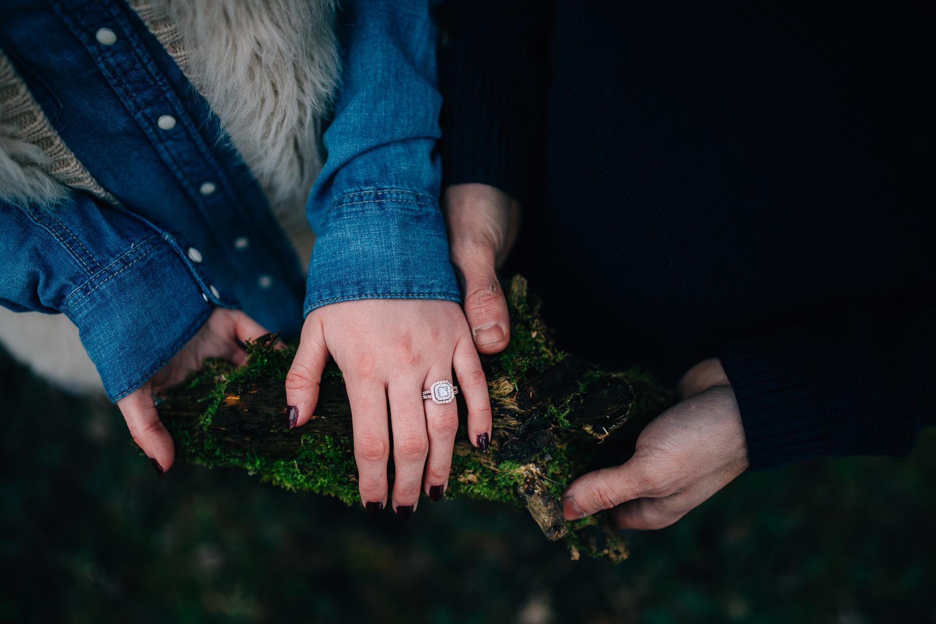 Winter-Forest-Engagement-Shoot-32