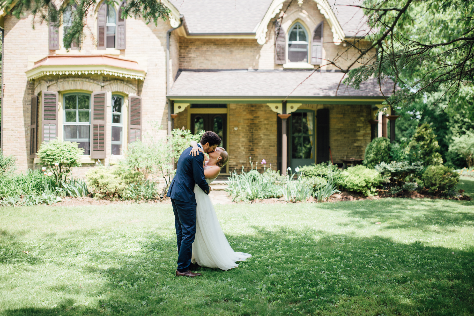 Outdoor-Caledon-Tralee-Wedding-Photography-30