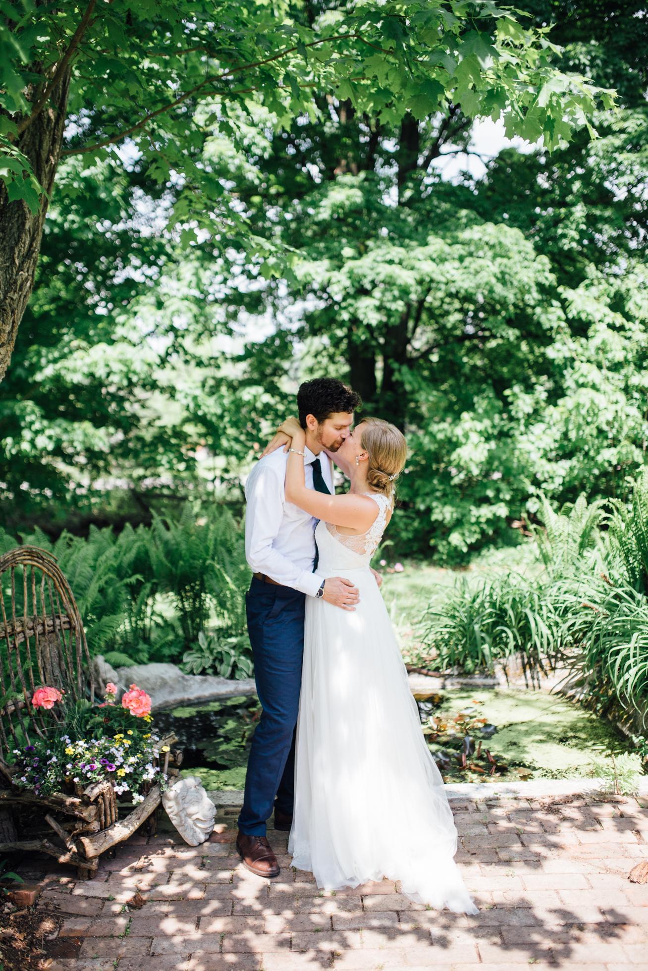 Outdoor-Caledon-Tralee-Wedding-Photography-35