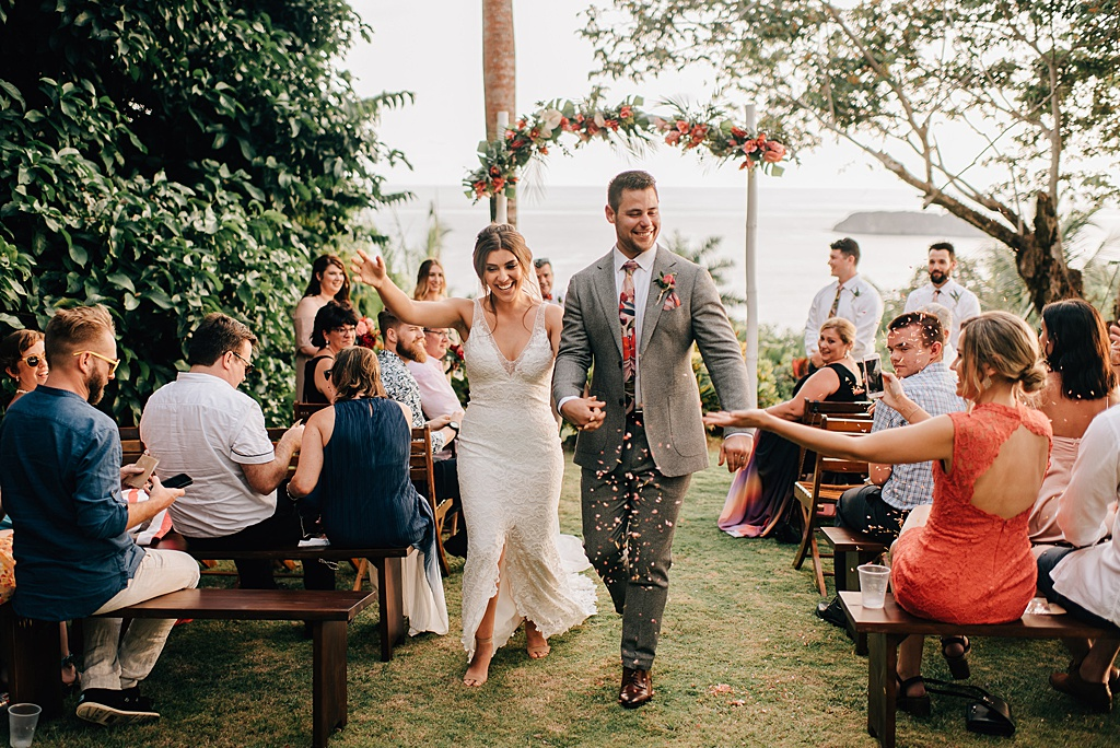 Romantic-outdoor-wedding-costa-rica-sara-monika-323.jpg