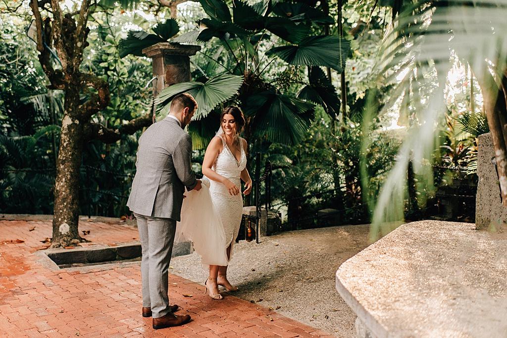 Romantic-outdoor-wedding-costa-rica-sara-monika-332.jpg