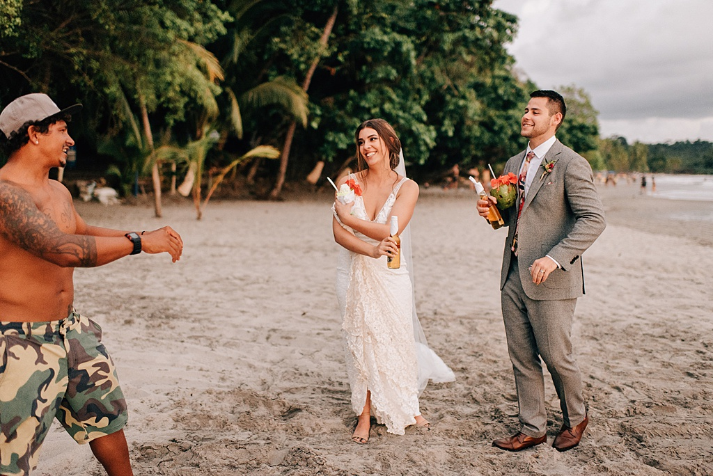 Romantic-outdoor-wedding-costa-rica-sara-monika-427.jpg