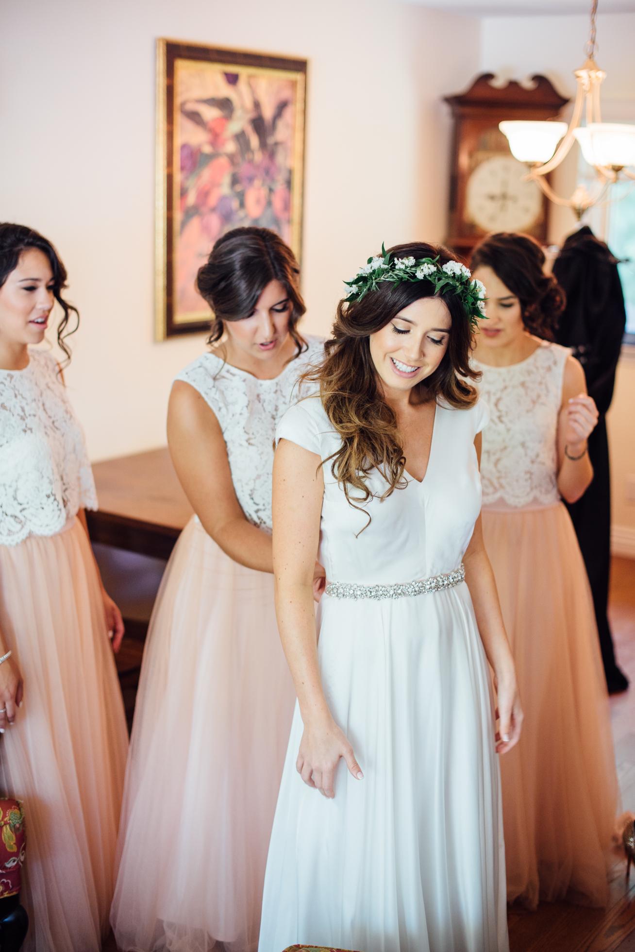 Downswell-Barn-Wedding-Photography-13.jpg