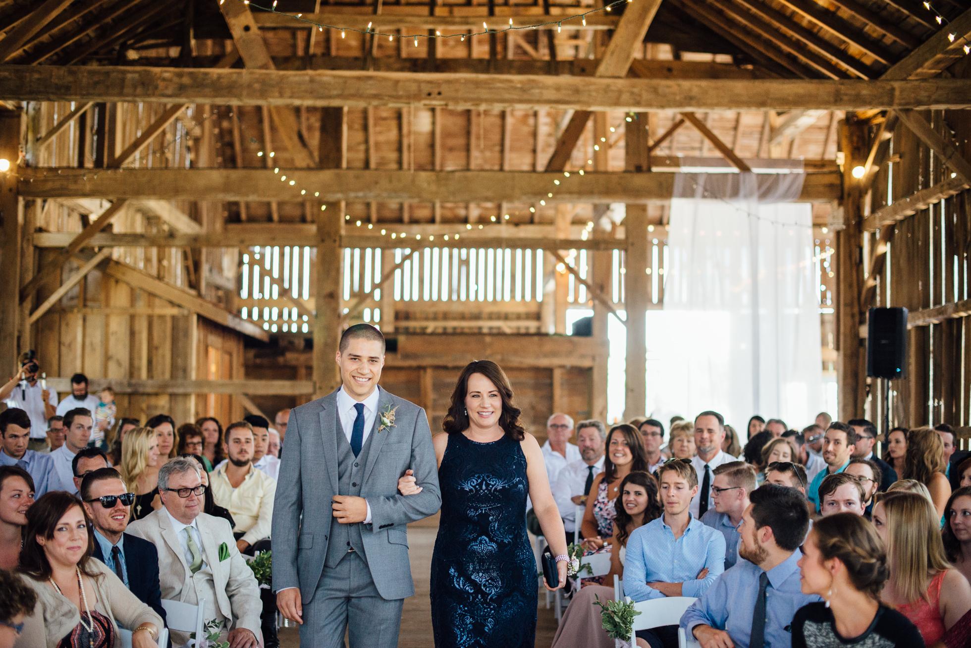 Downswell-Barn-Wedding-Photography-33.jpg