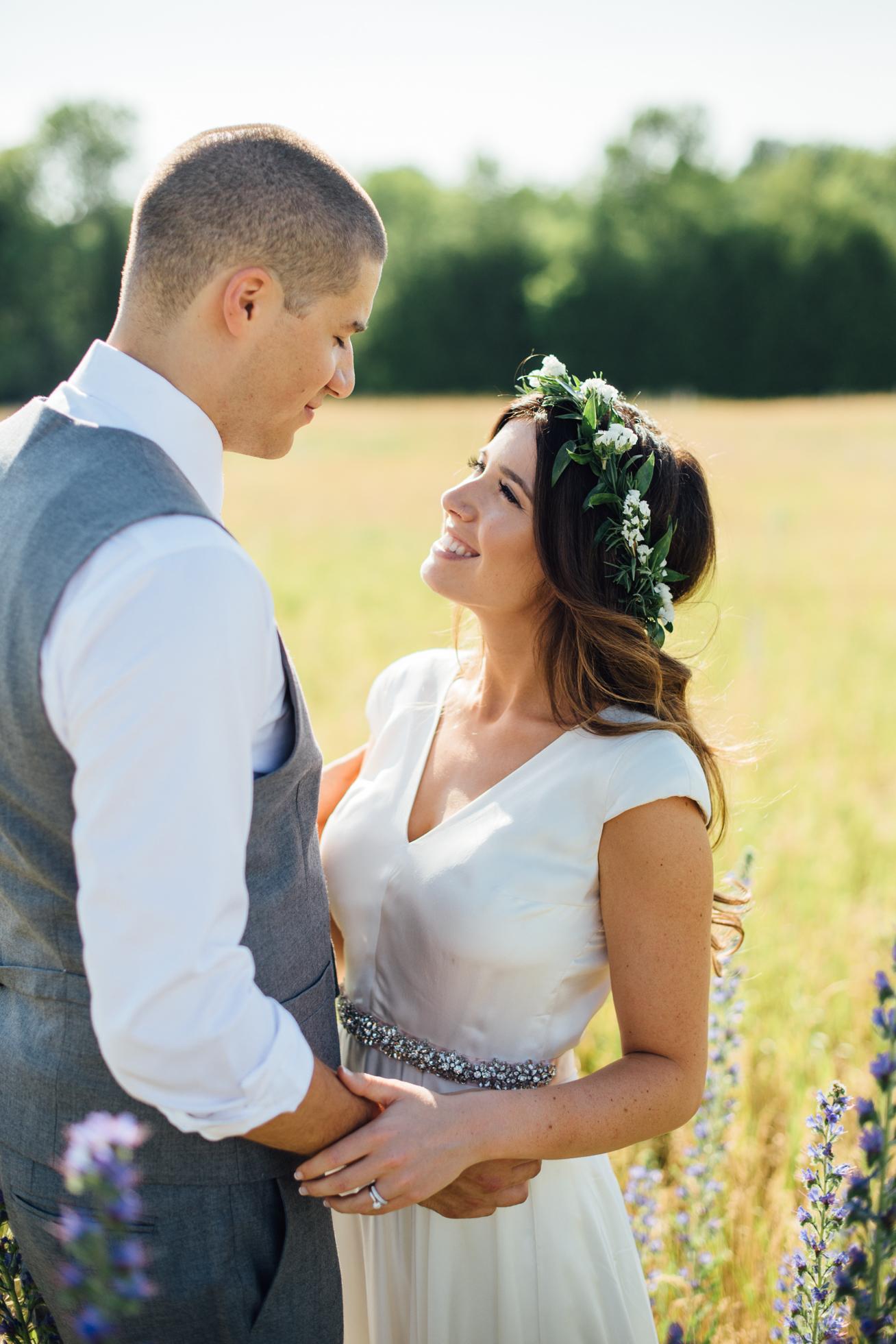 Downswell-Barn-Wedding-Photography-76.jpg