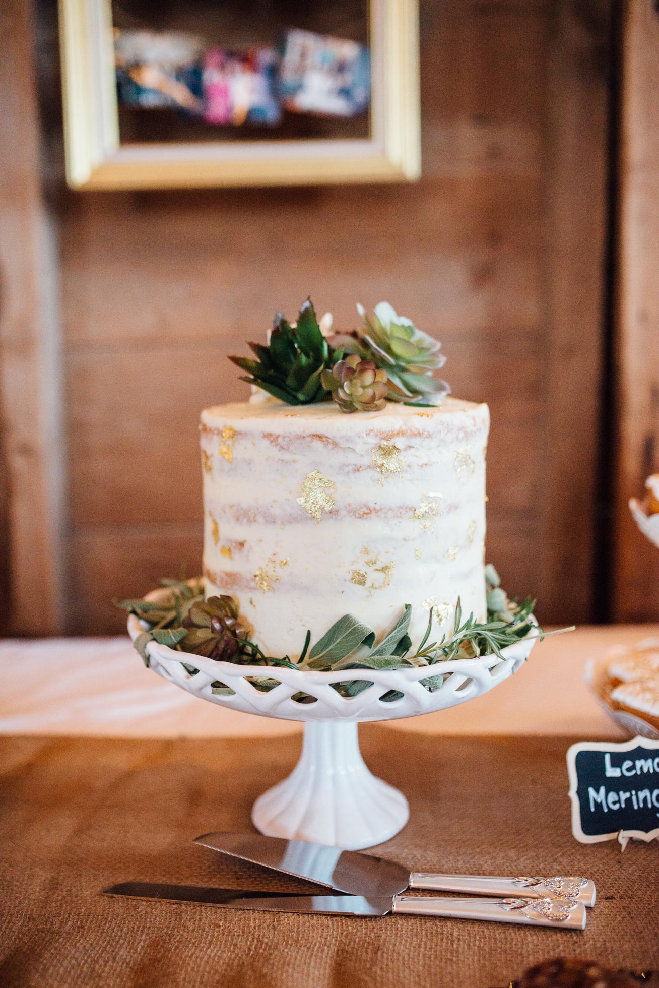 Downswell-Barn-Wedding-Photography-103.jpg