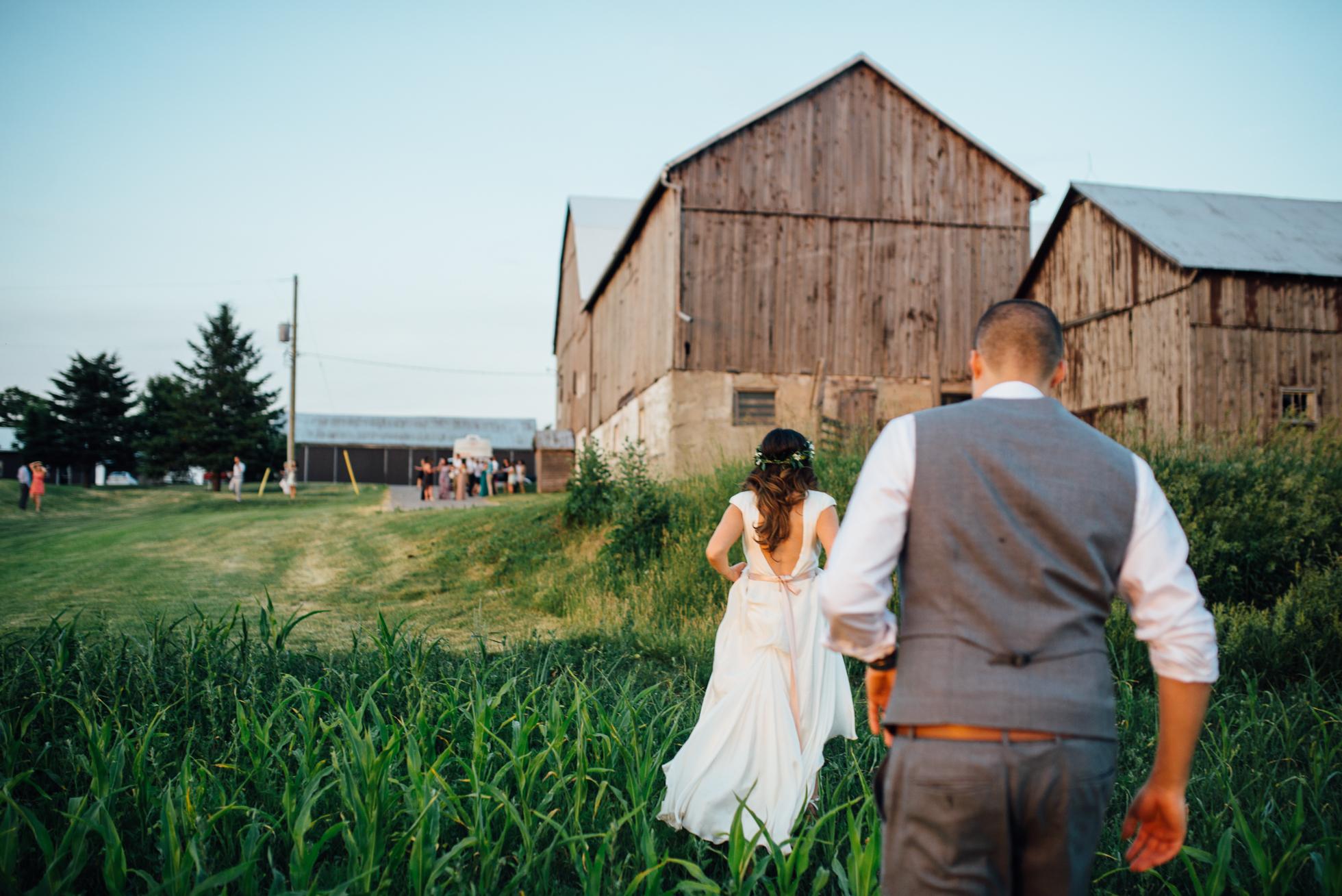 Downswell-Barn-Wedding-Photography-108.jpg