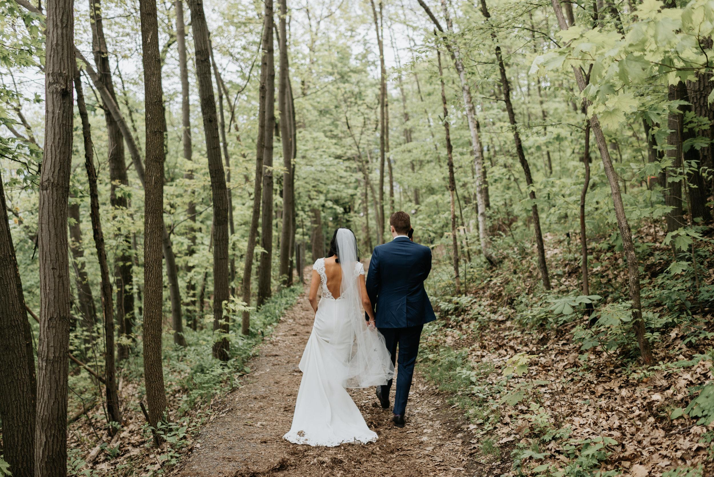 Sentimental Montreal Wedding (28).jpg
