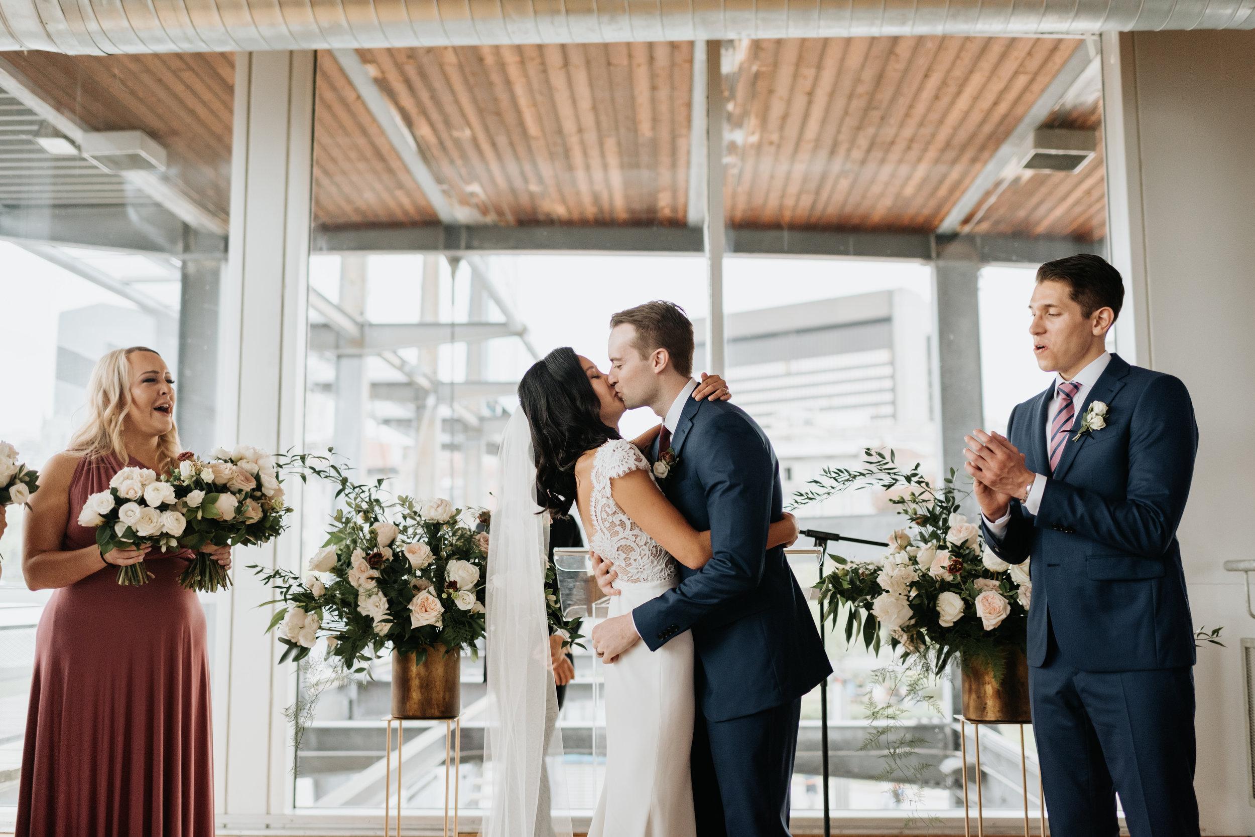 Sentimental Montreal Wedding (50).jpg