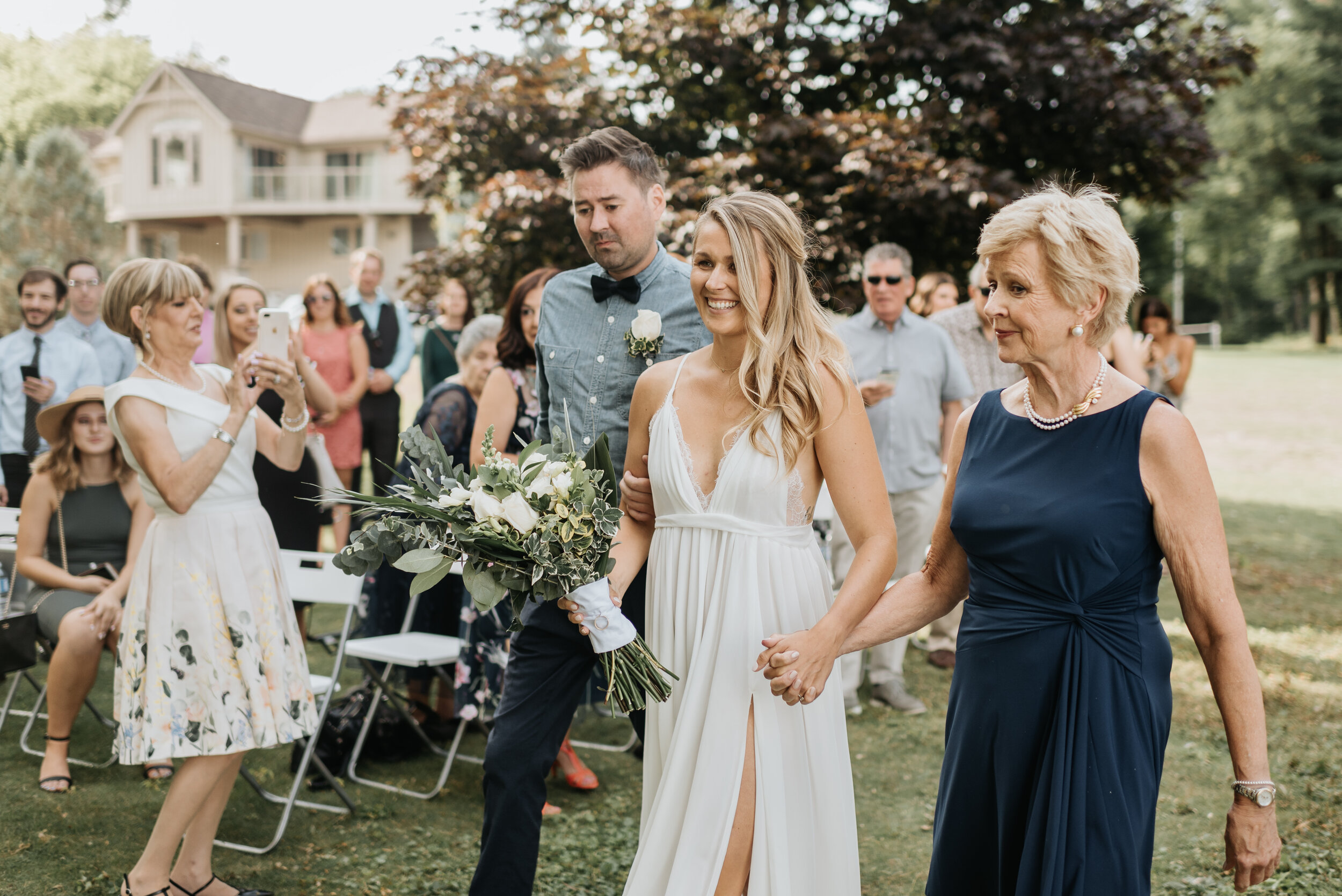 Relaxed Lakeside Wedding Ontario (31).jpg