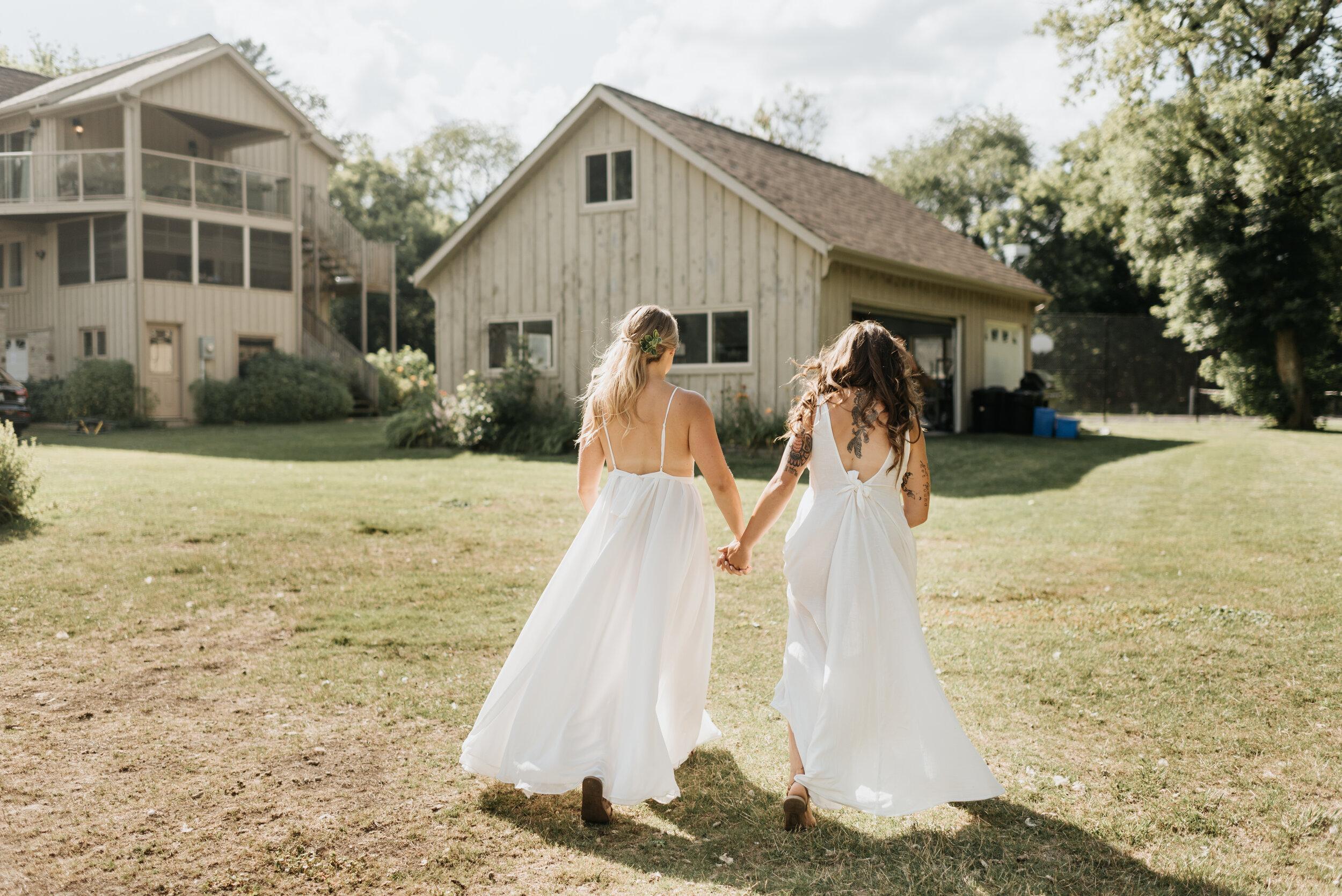 Relaxed Lakeside Wedding Ontario (49).jpg