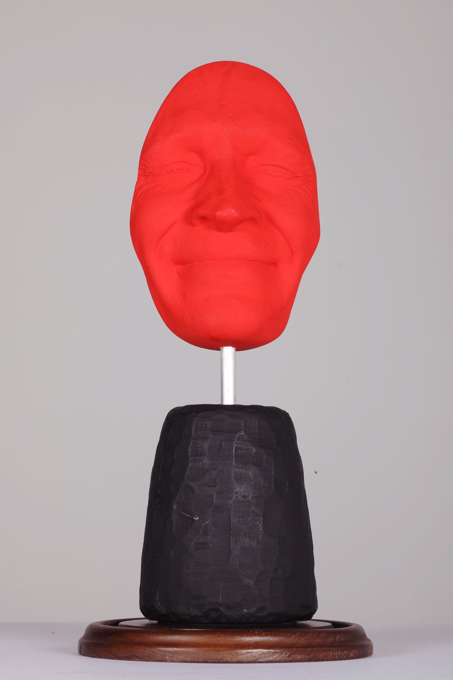 Masque I - Sourire Rouge - 2012Plaster and acrylic1/8H: 42 cm