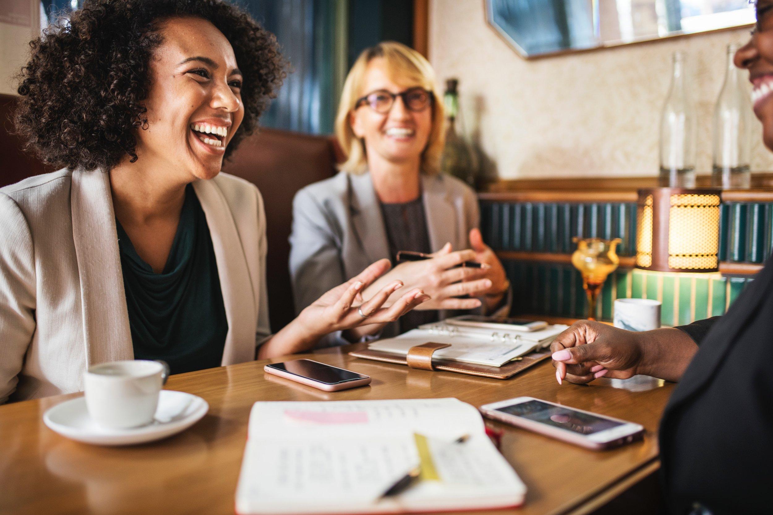 beautiful-business-meeting-businesswomen-1520137.jpg