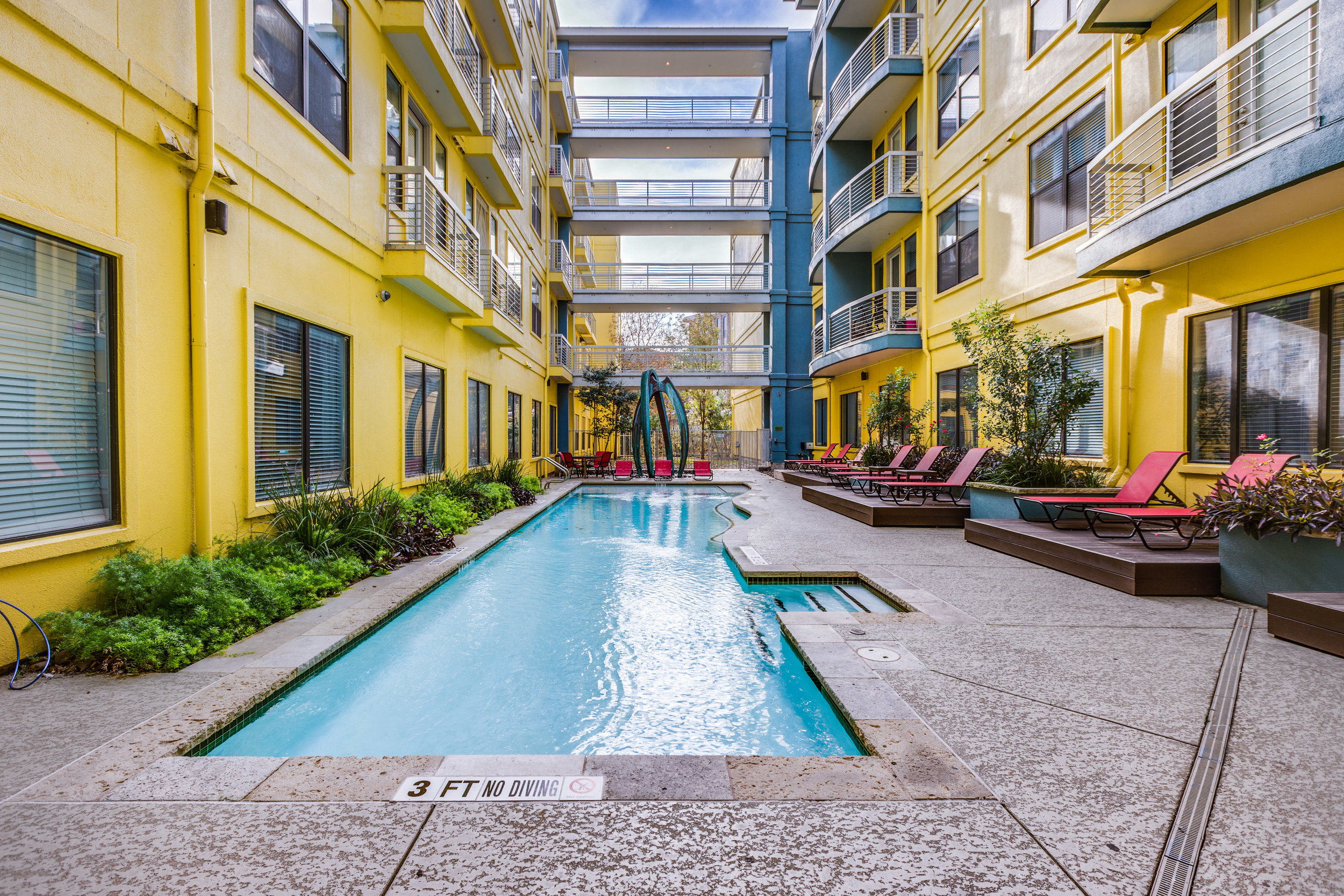 Crescent - Austin, Texas (Interior Courtyard & Pool)