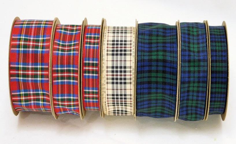 DSCN1847R Plaid Tartan ribbons R.jpg