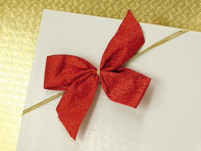 red metallic stretch loop bow 2r.jpg