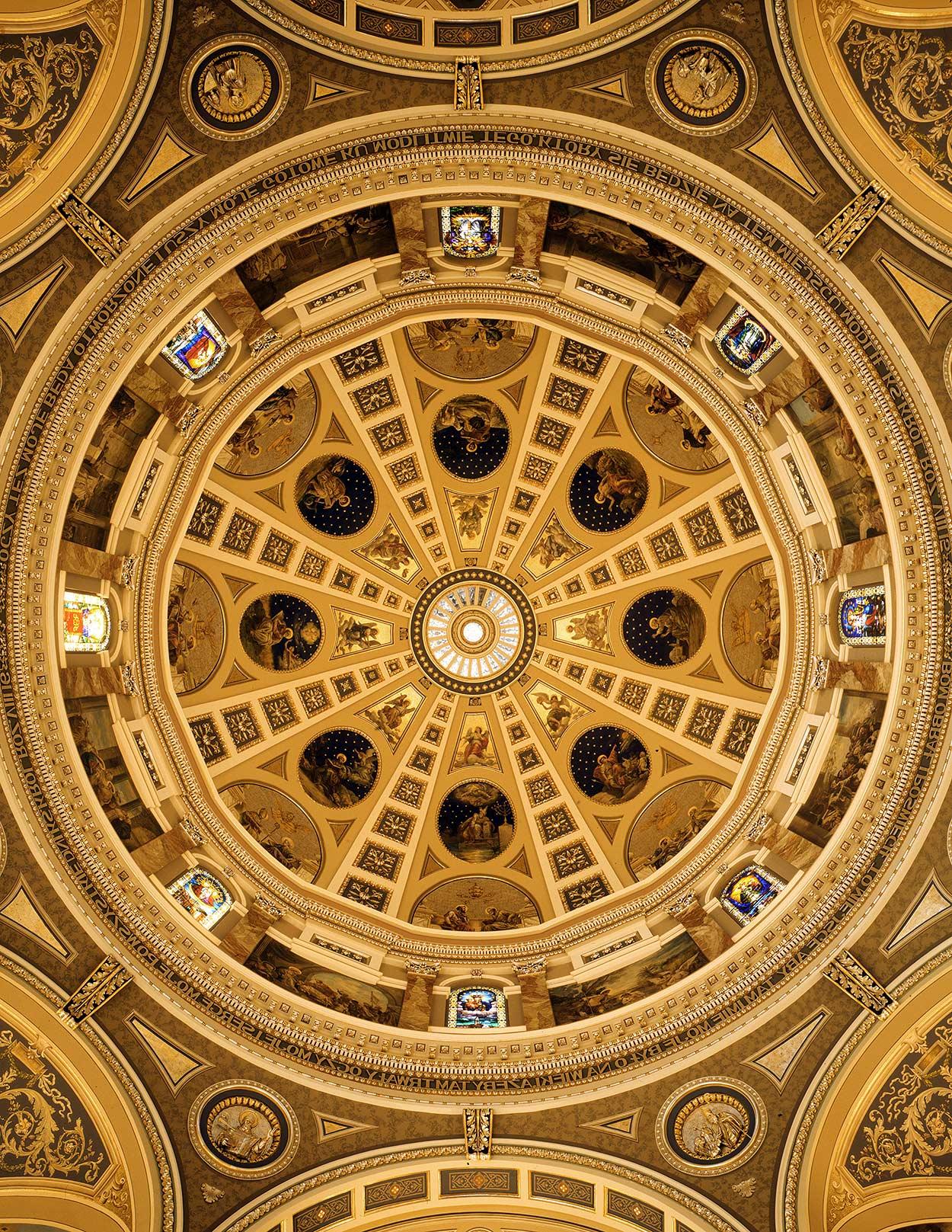 Basilica interior photographer