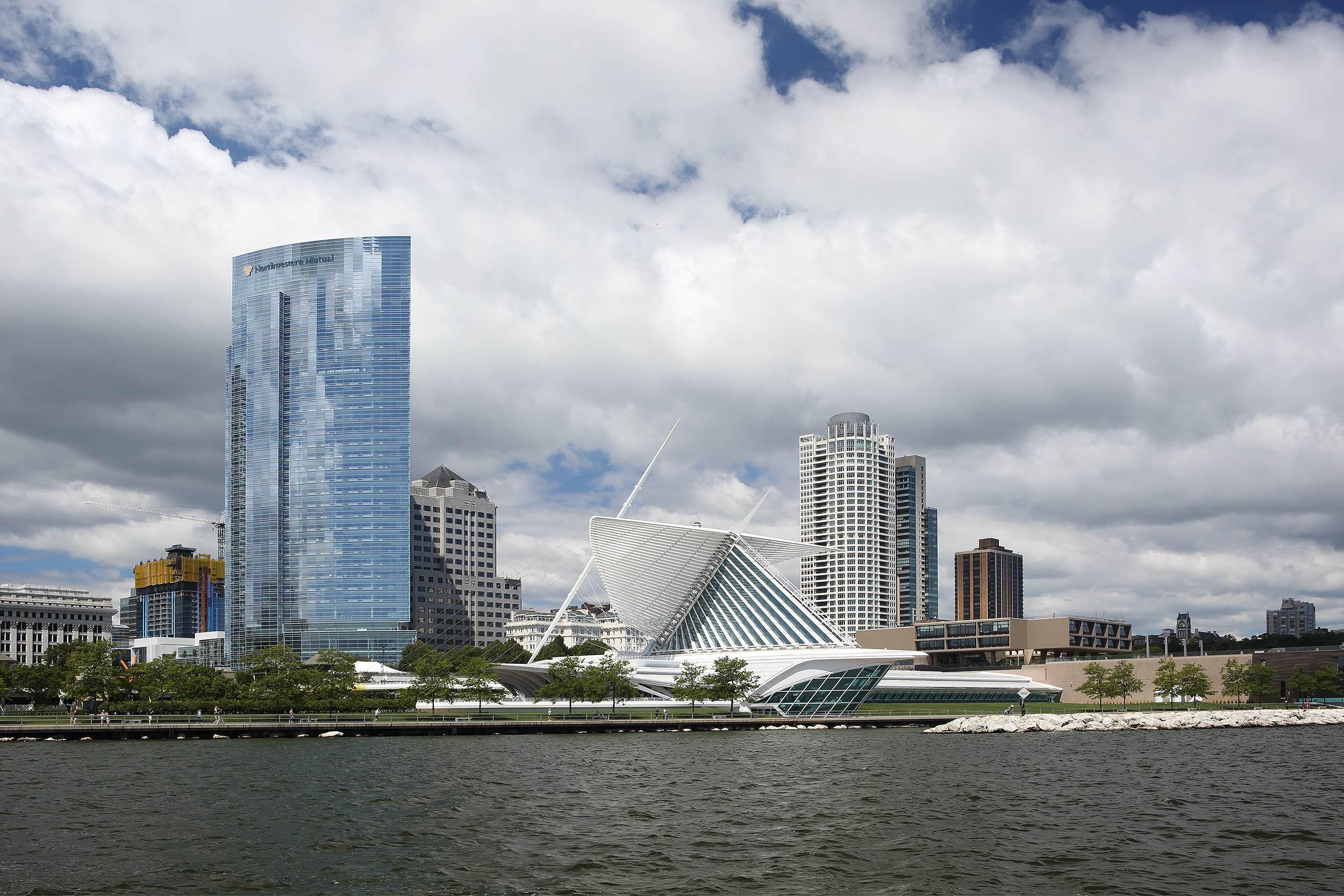 Milwaukee WI skyline, Calatrava