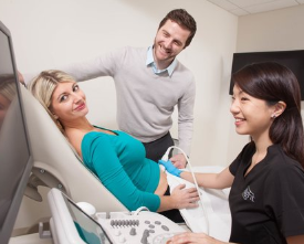 couple at ultrasound.png