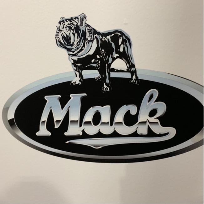 macktruck6.png