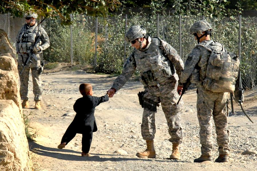 flickr_-_the_u-s-_army_-_handshakes_in_afghanistan.jpg