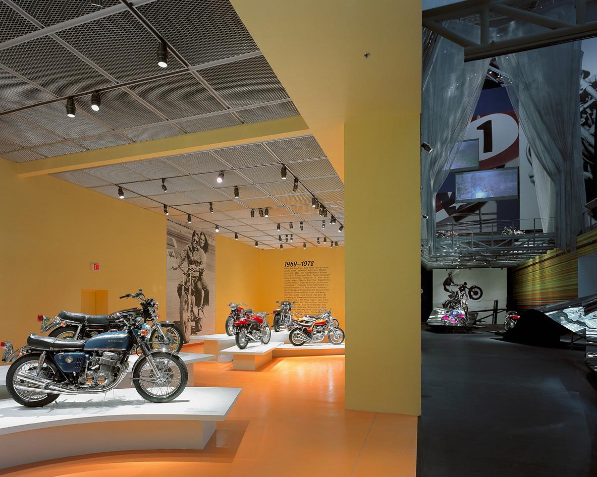 Las-Vegas-Motorcycle01.jpg