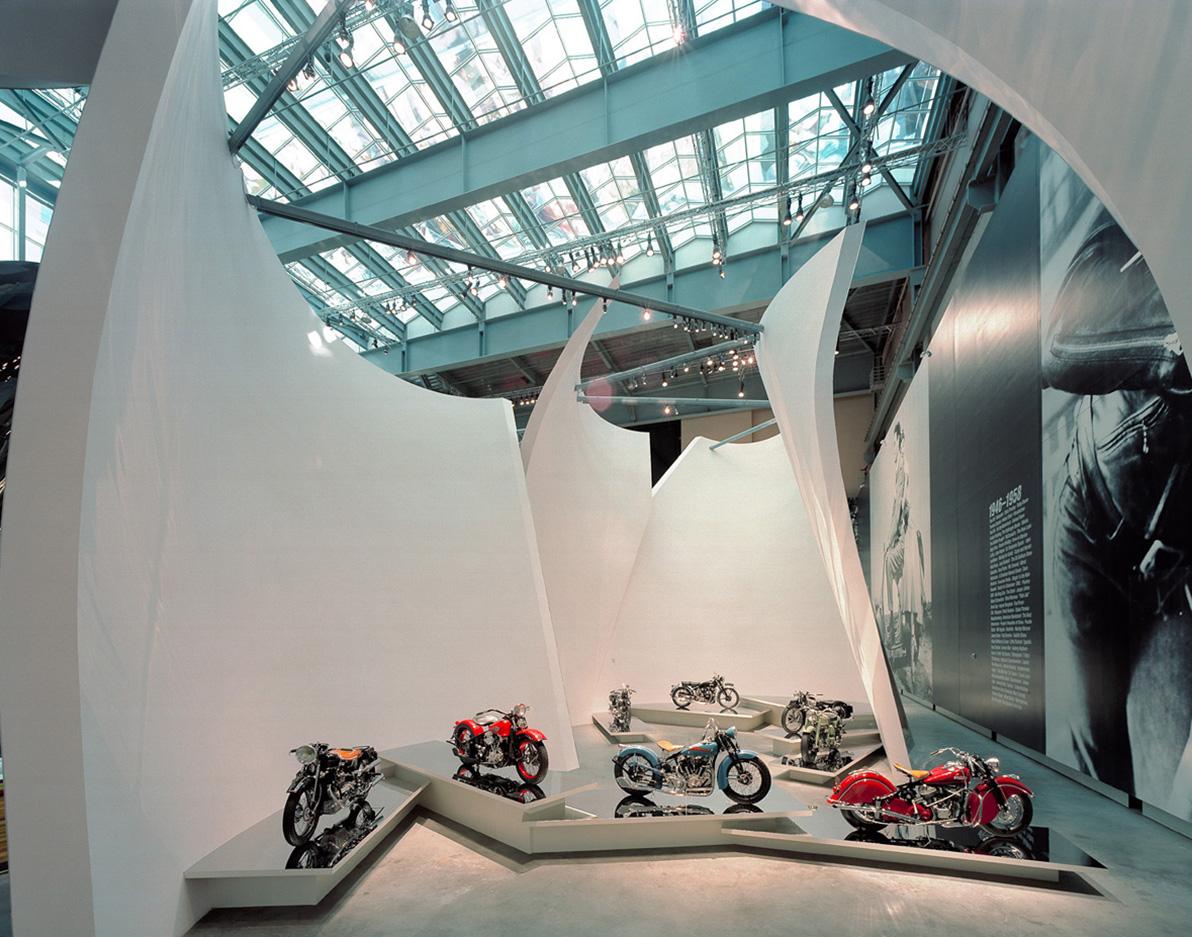 Las-Vegas-Motorcycle04.jpg