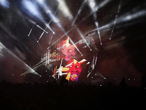 deadmau5_future_music_festival_brisbane_010314_608x456_3.jpg