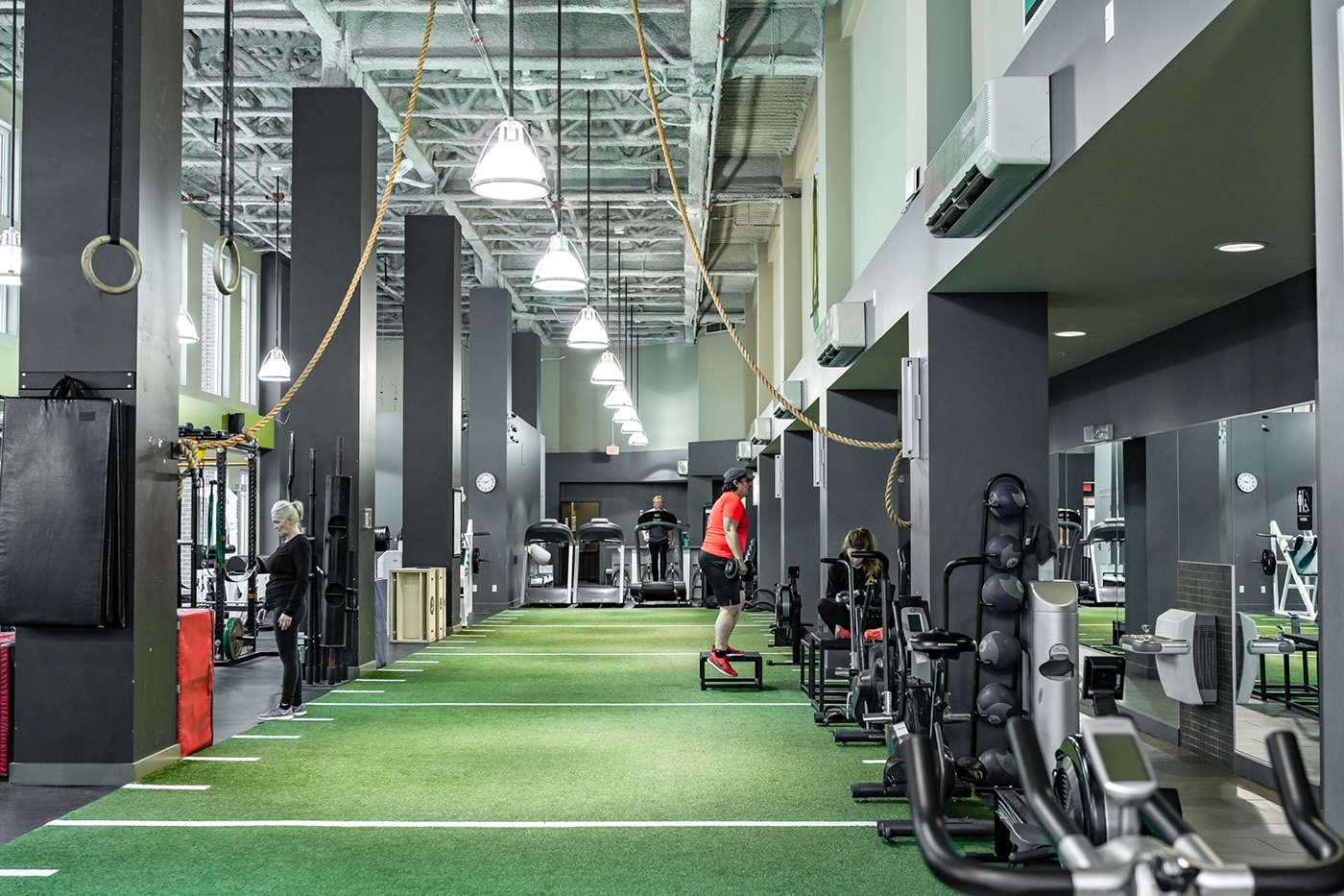 cityfit-gym-personal-training-calgary-workout-facility-inglewood-18.jpg