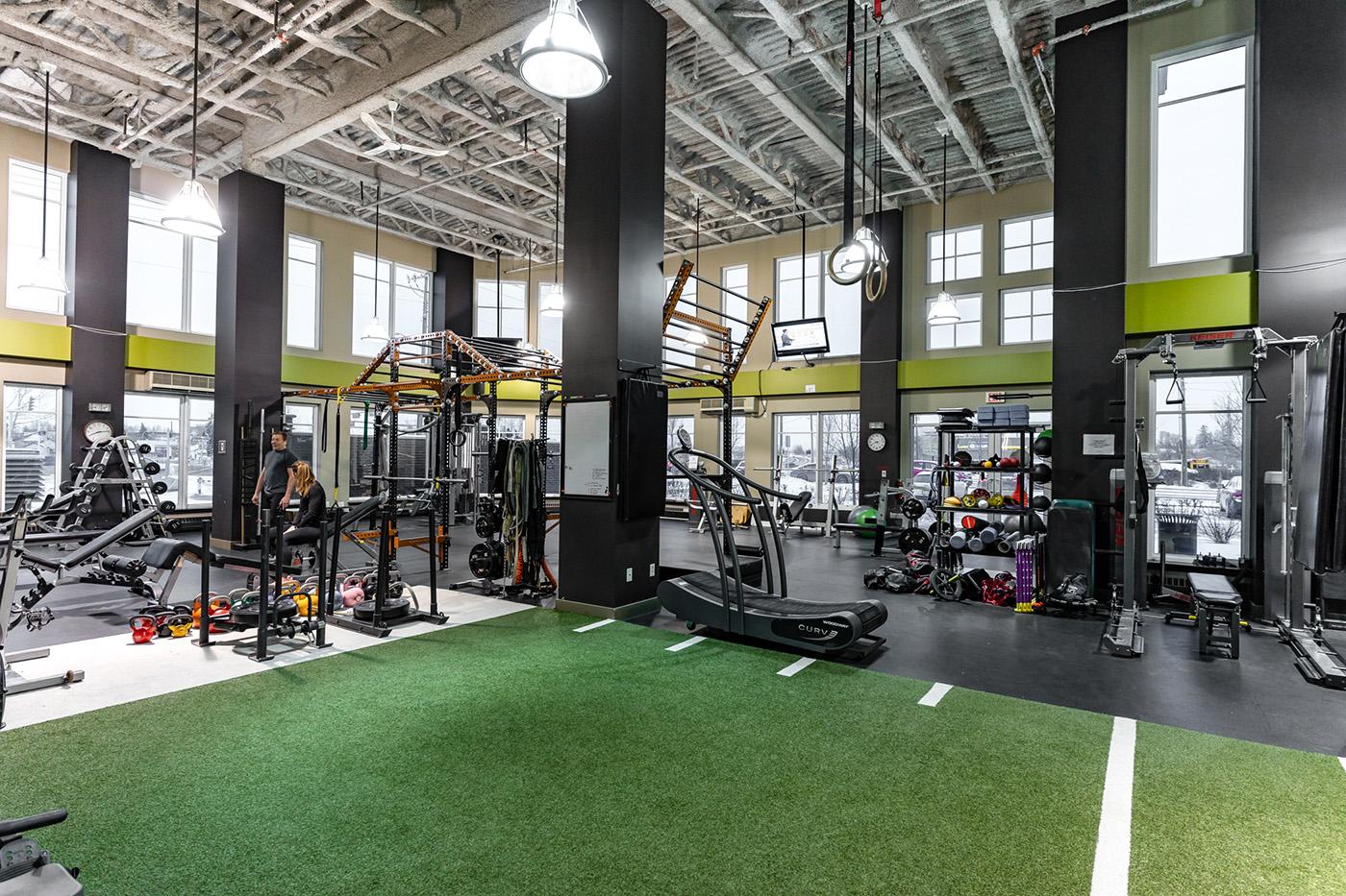 cityfit-gym-personal-training-calgary-workout-facility-inglewood-10.jpg
