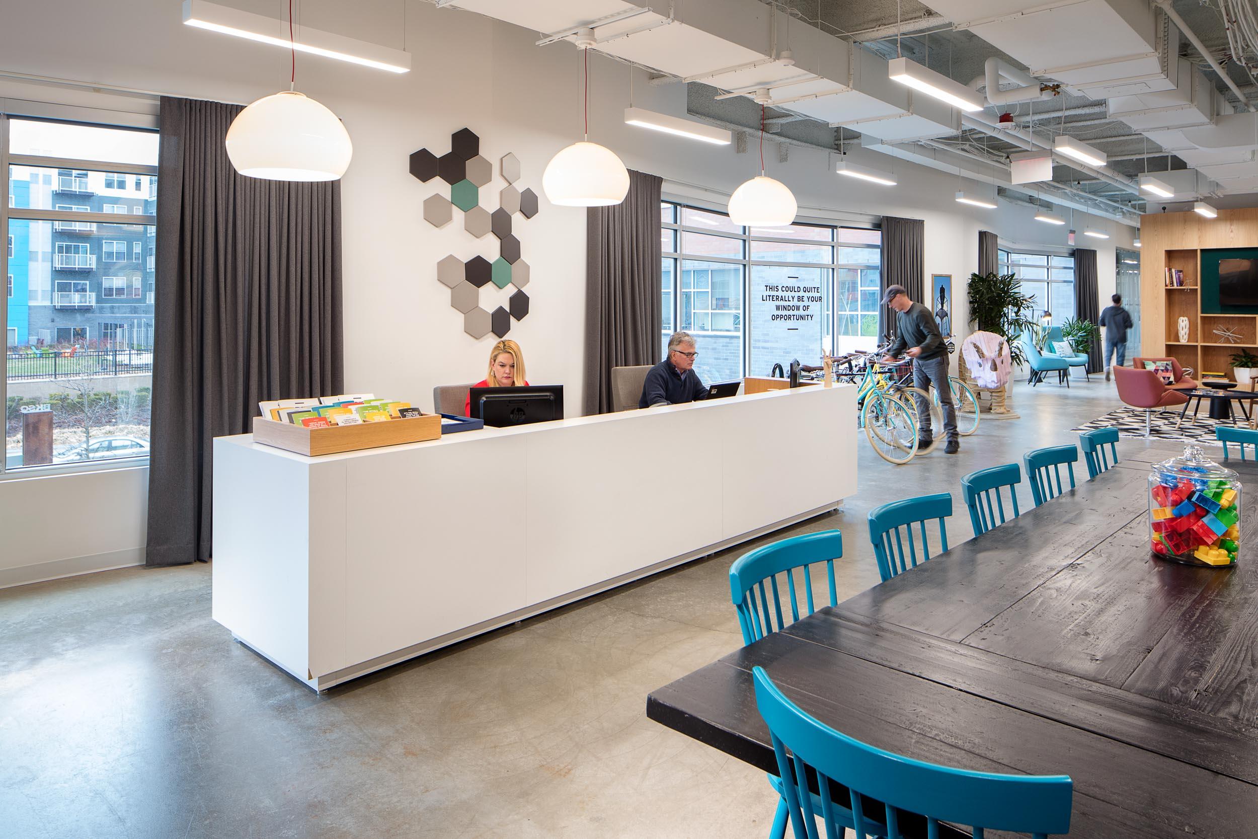 regus_spaces_office_workplace_coworking-10.jpg