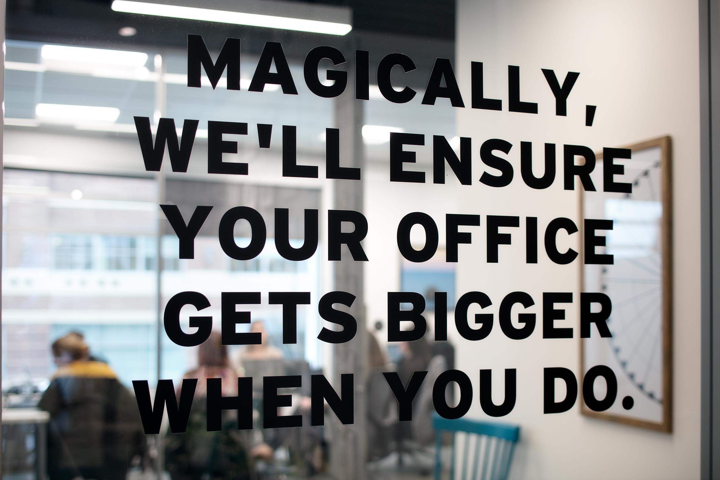 regus_spaces_office_workplace_coworking-14.jpg