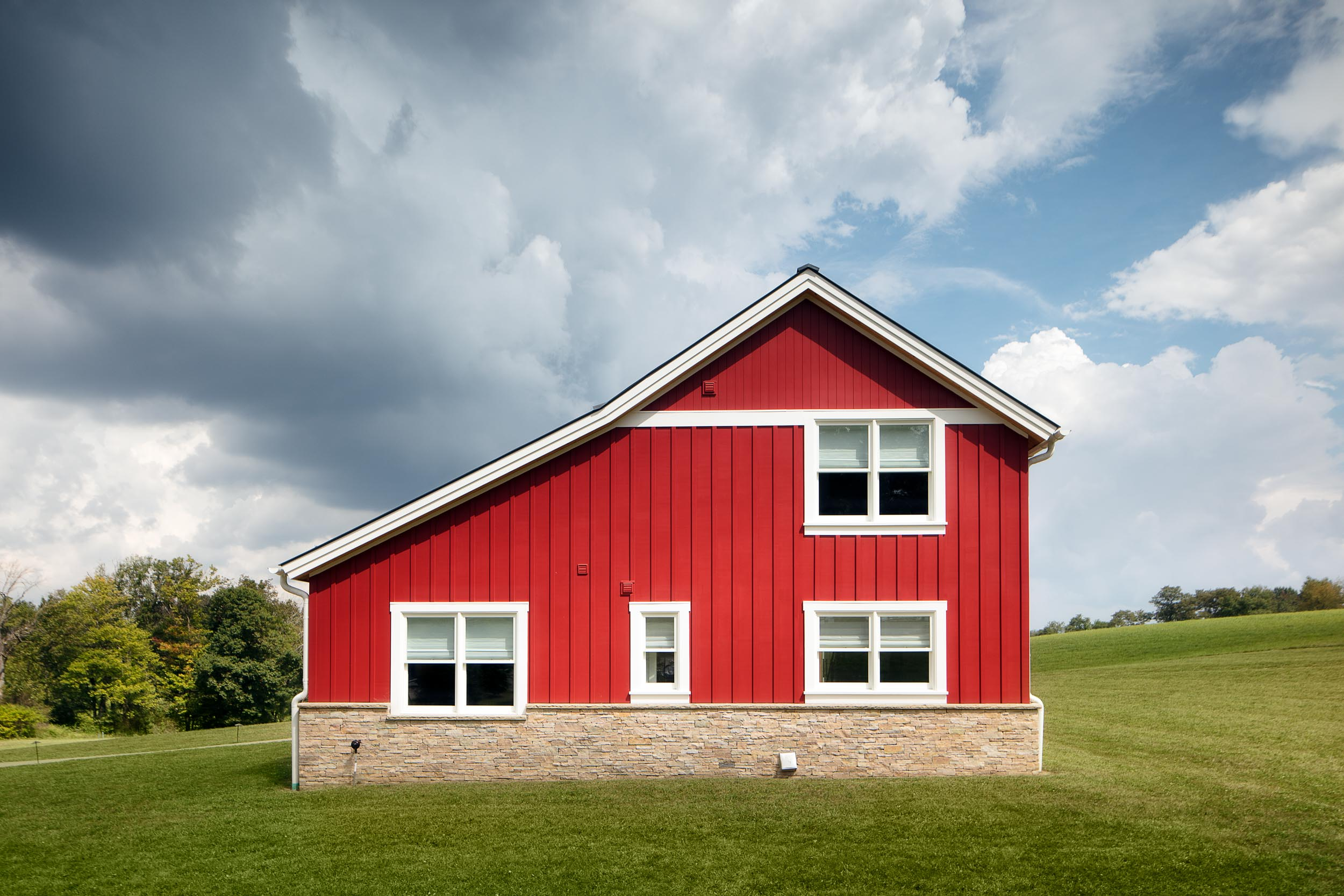 home_barn_upscale_country_grealish-11.jpg