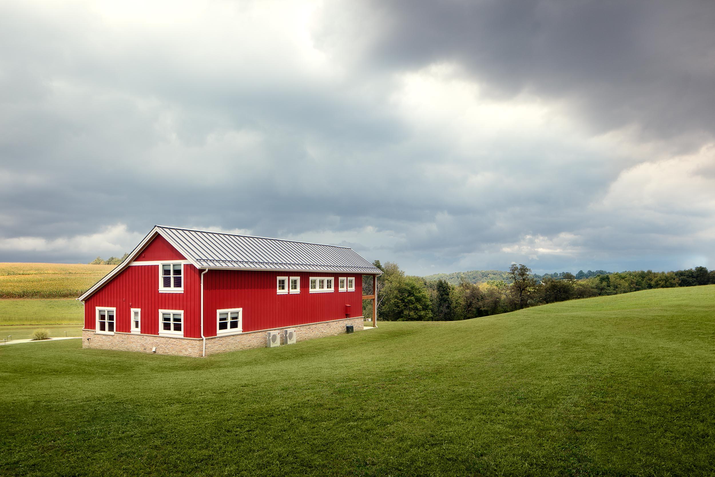 home_barn_upscale_country_grealish-12.jpg