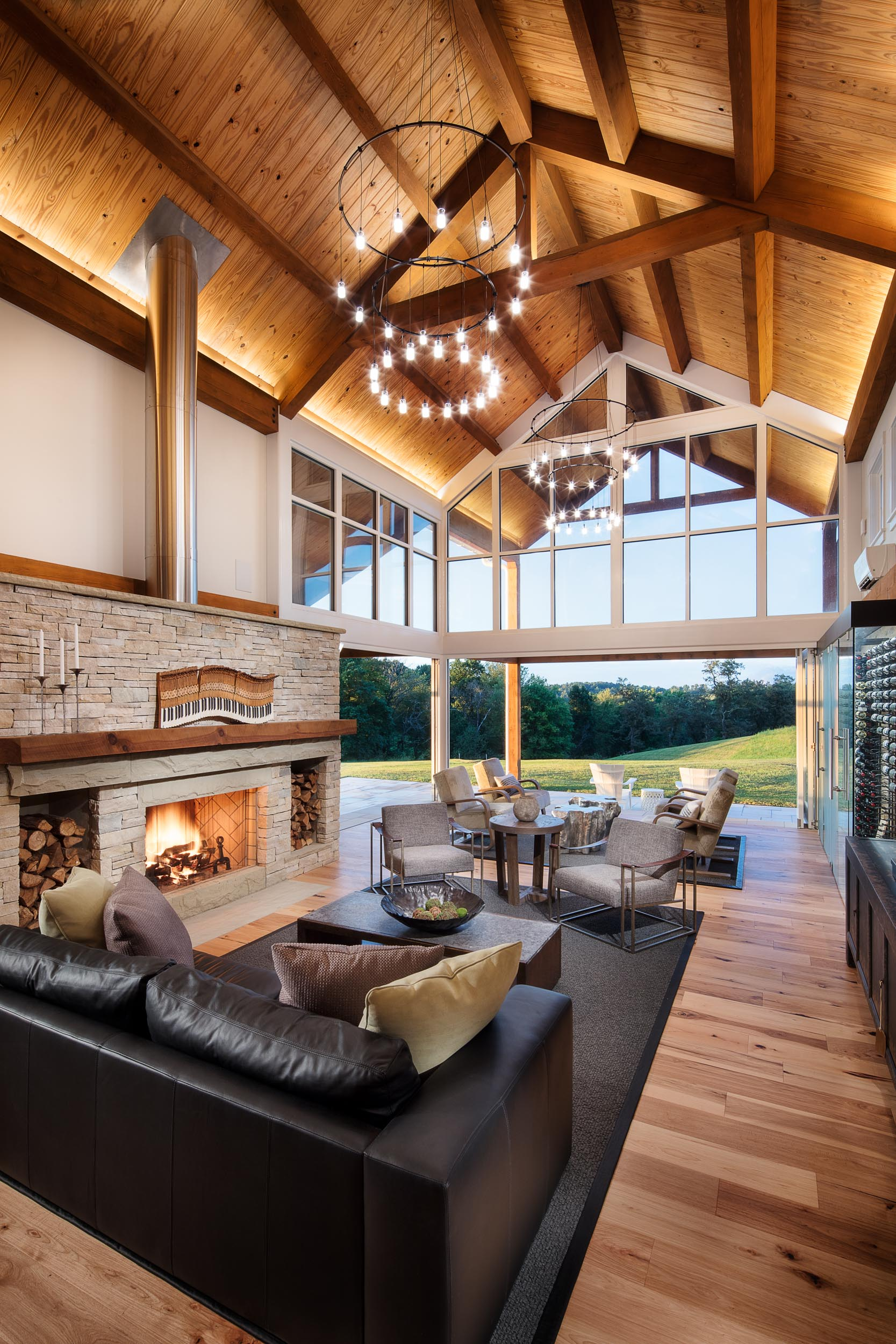 home_barn_upscale_country_grealish-18.jpg