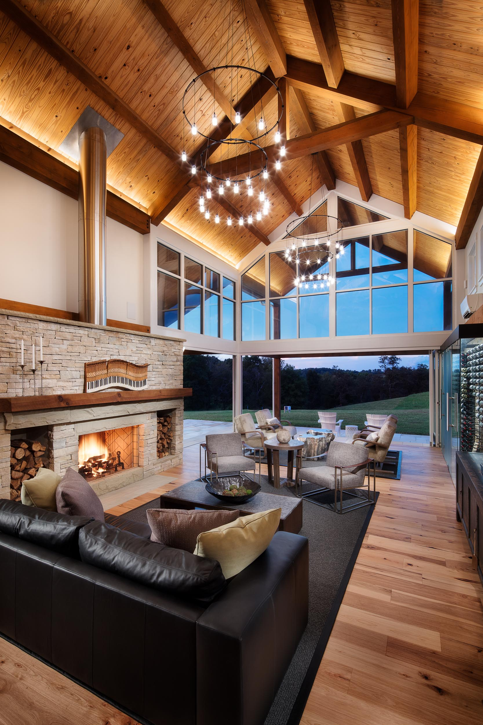 home_barn_upscale_country_grealish-19.jpg