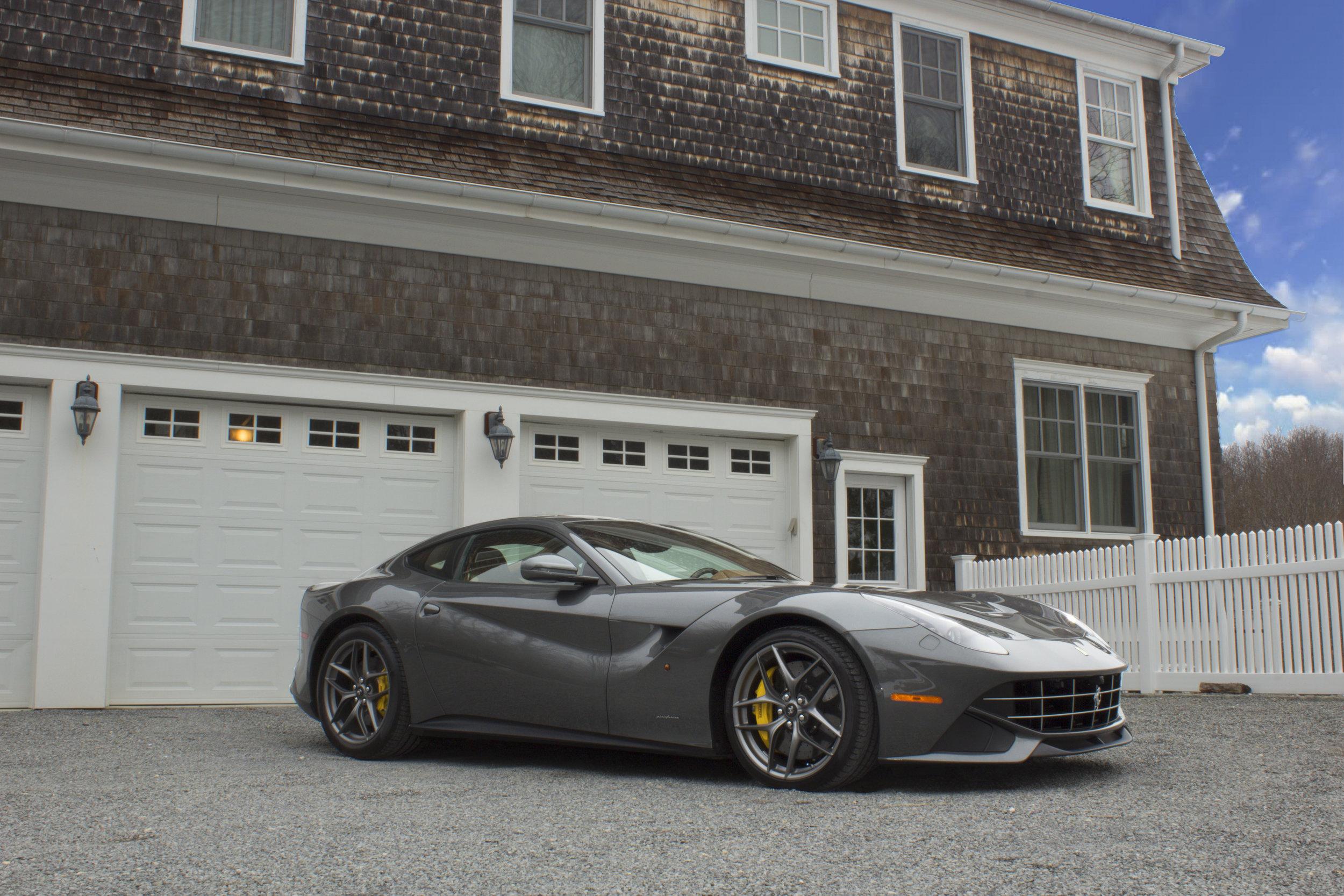 Ferrari(1).jpg