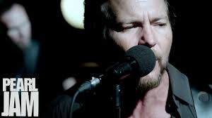 Pearl Jam - 'Sirens' Music Video'Mind Your Manners' Music Video'Lightning Bolt' Short Film