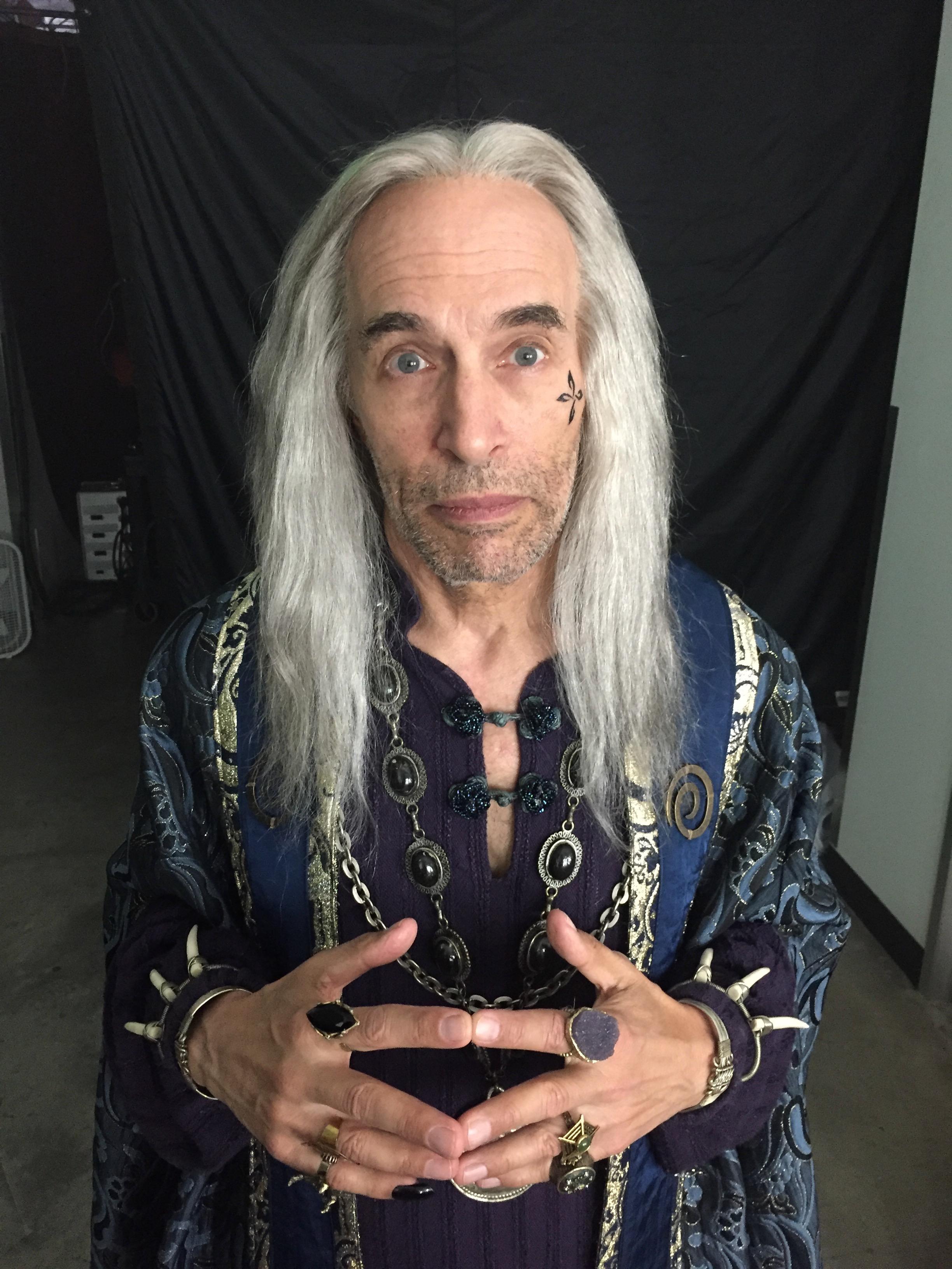 Amazon - Wizard Wig
