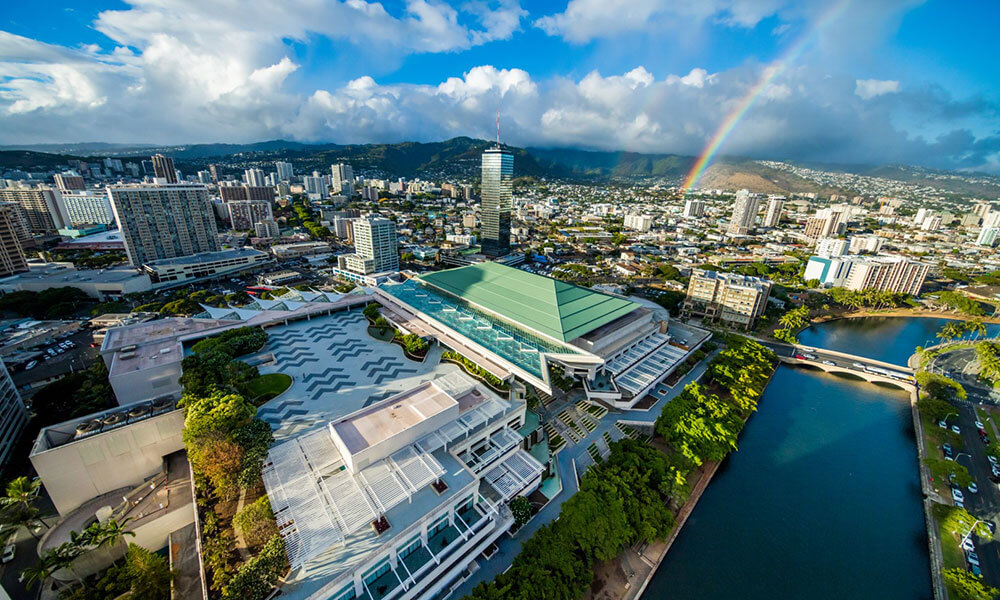 The Hawai'i Convention Center offers 1.1 million square feet of event space, including a 35,000-square-foot ballroom and a 2.5-acre rooftop terrace.   (Cameron Brooks)