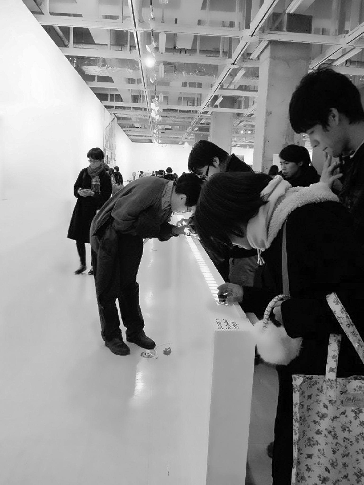 LIGHT BOX & LOOPE - Installation in Graduation ExhibitionMusashino Art UniversityJan.2012