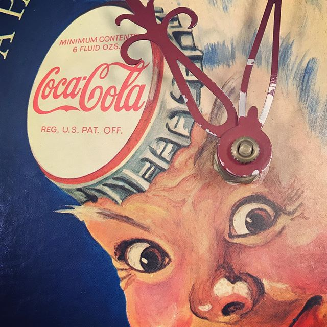 Time is ticking down to the next auction launch and somebody is excited. #coca-cola #cocacolaspriteboy #vintage clocks #lookingglassmarketplace #midtowncda #coeurdalene  #vintage #retro #antique #cda #idaho #Id #spokane #postfalls #hayden