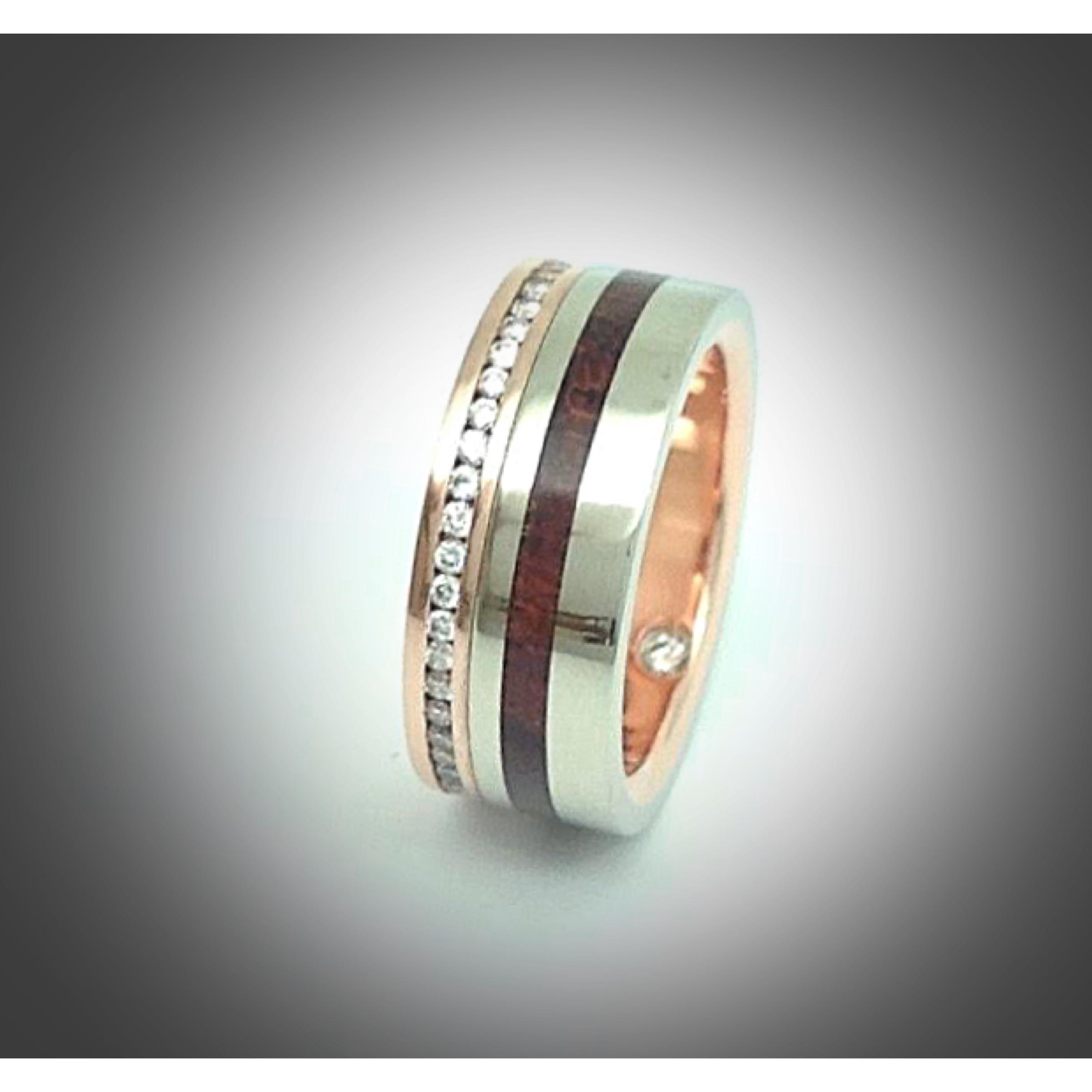 bubinga+rose gold+white gold= diamonds.JPG
