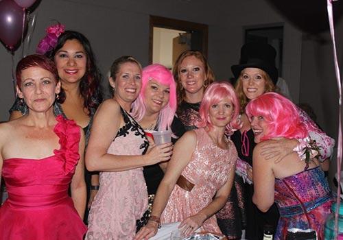 prom-ladies500.jpg