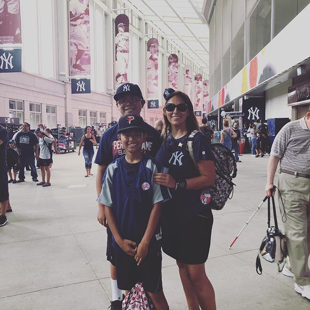 Boys 1st Yankee Game & Subway ride and OUR 1st game postponed after BP! Game cut short but we'll be back tomorrow! #peanutsnballparks @yankees @yankeestadium #beisbol #baseballislife #lovethegame @official_team_toppers